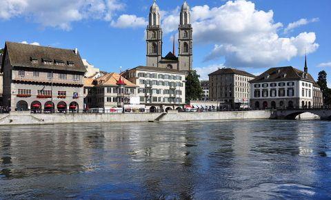Marea Catedrala din Zurich (panorama)