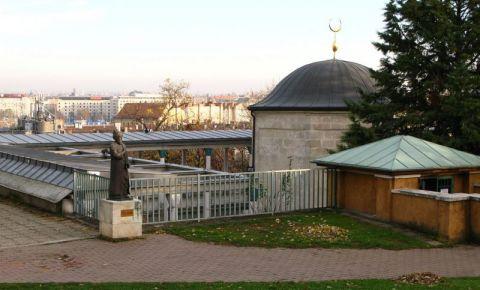 Mormantul lui Gul Baba din Budapesta