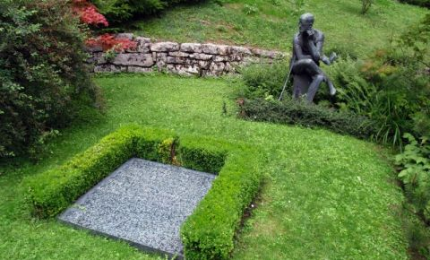 Mormantul lui James Joyce din Zurich