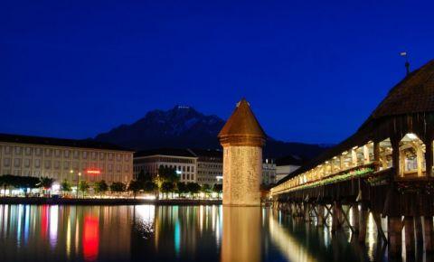 Podul Capelei din Lucerna (noaptea)