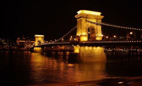 Podul cu Lanturi din Budapesta (noaptea)