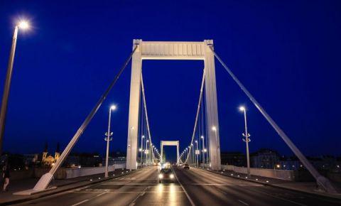 Podul Elisabeta din Budapesta (noaptea)