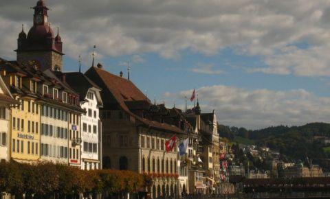 Primaria Veche din Lucerna