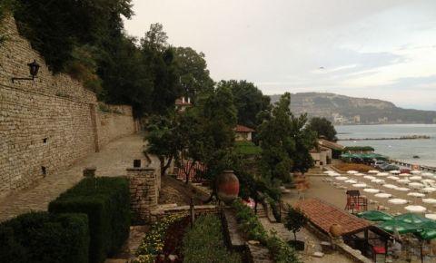 Zidurile Castelului Reginei Maria din Balcic