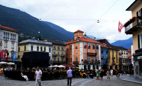 Shopping in Locarno