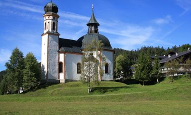 Biserica Parohiala din Seefeld