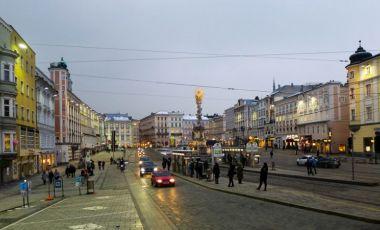 Piata Hauptplatz din Linz