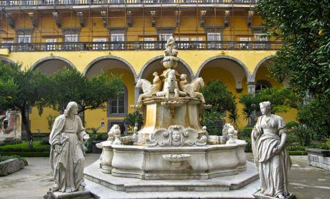 Biserica San Gregorio Armeno din Napoli