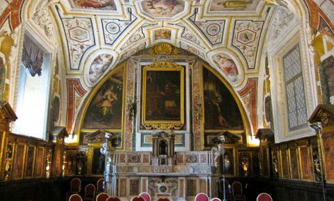 Biserica Sant'Anna Dei Lombardi din Napoli