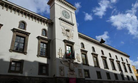 Castelul Capuano din Napoli