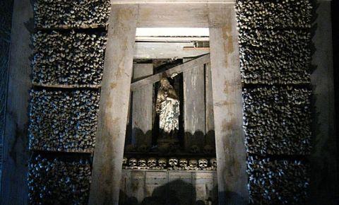 Catacombele Grecesti din Napoli