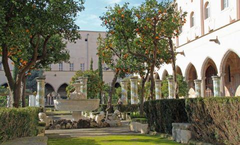 Complexul Santa Chiara din Napoli