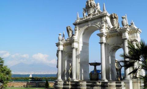 Fontana del Gigante din Napoli