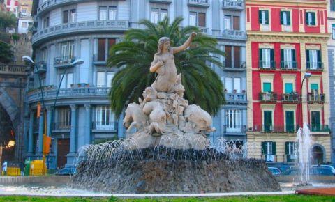 Fontana della Sirena din Napoli