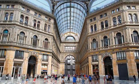 Galeria Umberto I din Napoli