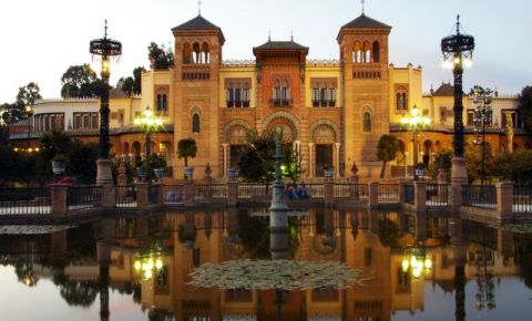 Muzeul de Arta si Traditii Populare din Sevilia