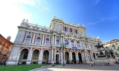 Palatul Carignano din Torino