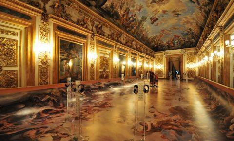 Palatul Medici-Riccardi din Florenta (interior)