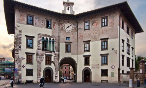Palatul Orologio din Pisa