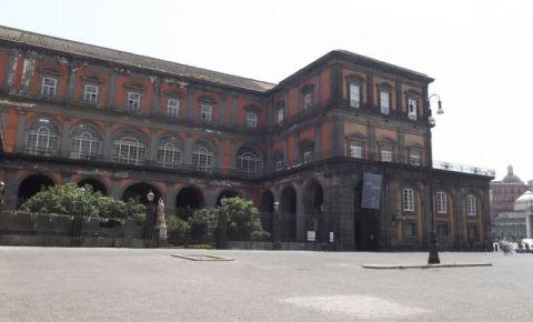 Palatul Regal Portici din Napoli