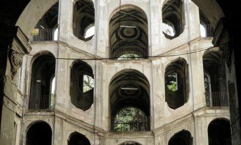 Palatul Sanfelice din Napoli