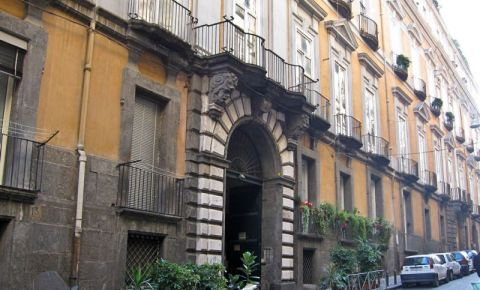 Palatul Serra di Cassano din Napoli