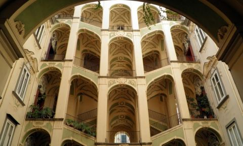 Palatul Spaniol din Napoli
