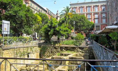 Piata Bellini din Napoli