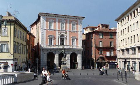 Piata Garibaldi si Piata 20 Septembrie din Pisa