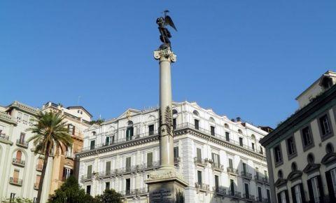Piata Martirilor din Napoli