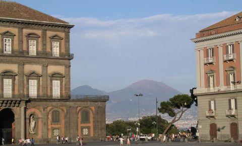 Piata Primariei din Napoli