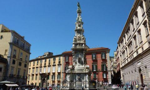 Piazza del Gesu Nuovo din Napoli