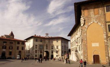 Piata Cavalerilor din Pisa