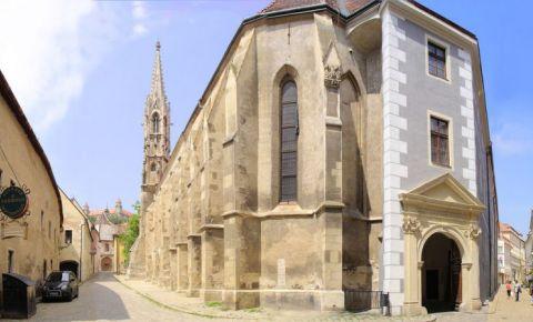 Biserica si Manastirea Sfanta Clara din Bratislava