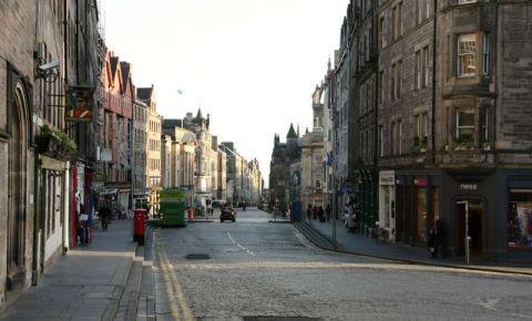 Bulevardul High Street din Edinburgh