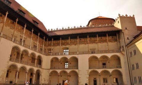 Castelul Wawel (curtea interioara)
