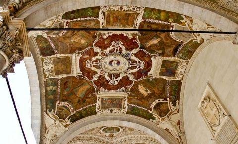 Cladirea Comerciantilor din Siena