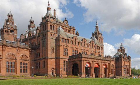 Galeria de Arta si Muzeul Kelvingrove din Glasgow