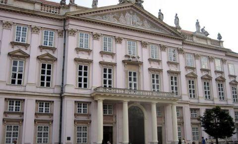 Palatul Arhiepiscopului din Bratislava