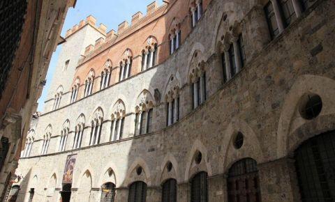Palatul Chigi Saracini din Siena