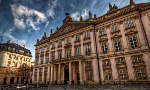 Palatul Patriarhal din Bratislava