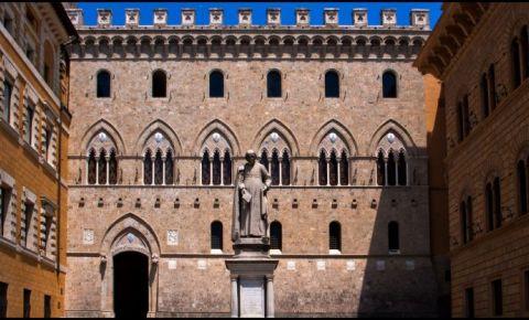 Palatul Salimbeni din Siena