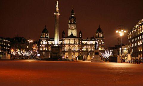 Piata George din Glasgow (noaptea)