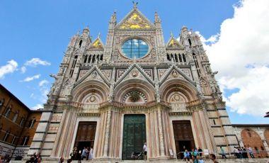 Catedrala Adormirea Maicii Domnului din Siena