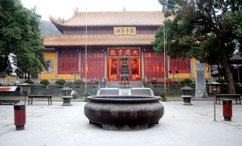 Templul lui Buddha din Shanghai