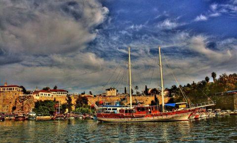 Cartierul Kaleici din Antalya