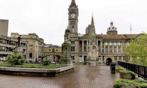 Piata Chamberlain din Birmingham
