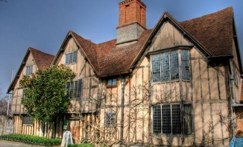 Resedinta Hall din Stratford-upon-Avon