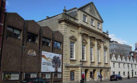 Compania Teatrala Old Vic din Bristol