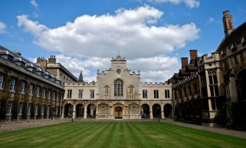 Colegiul Peterhouse din Cambridge
